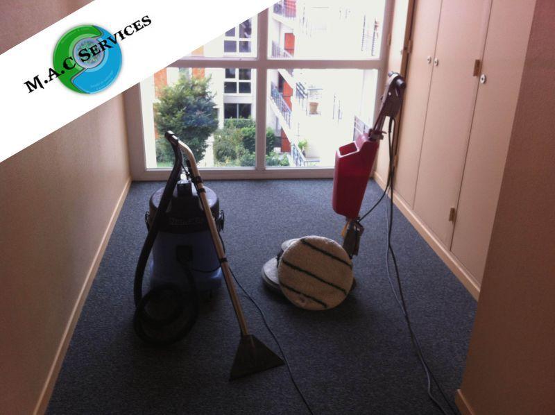 M.A.C Services vous propose un nettoyage moquette efficace !