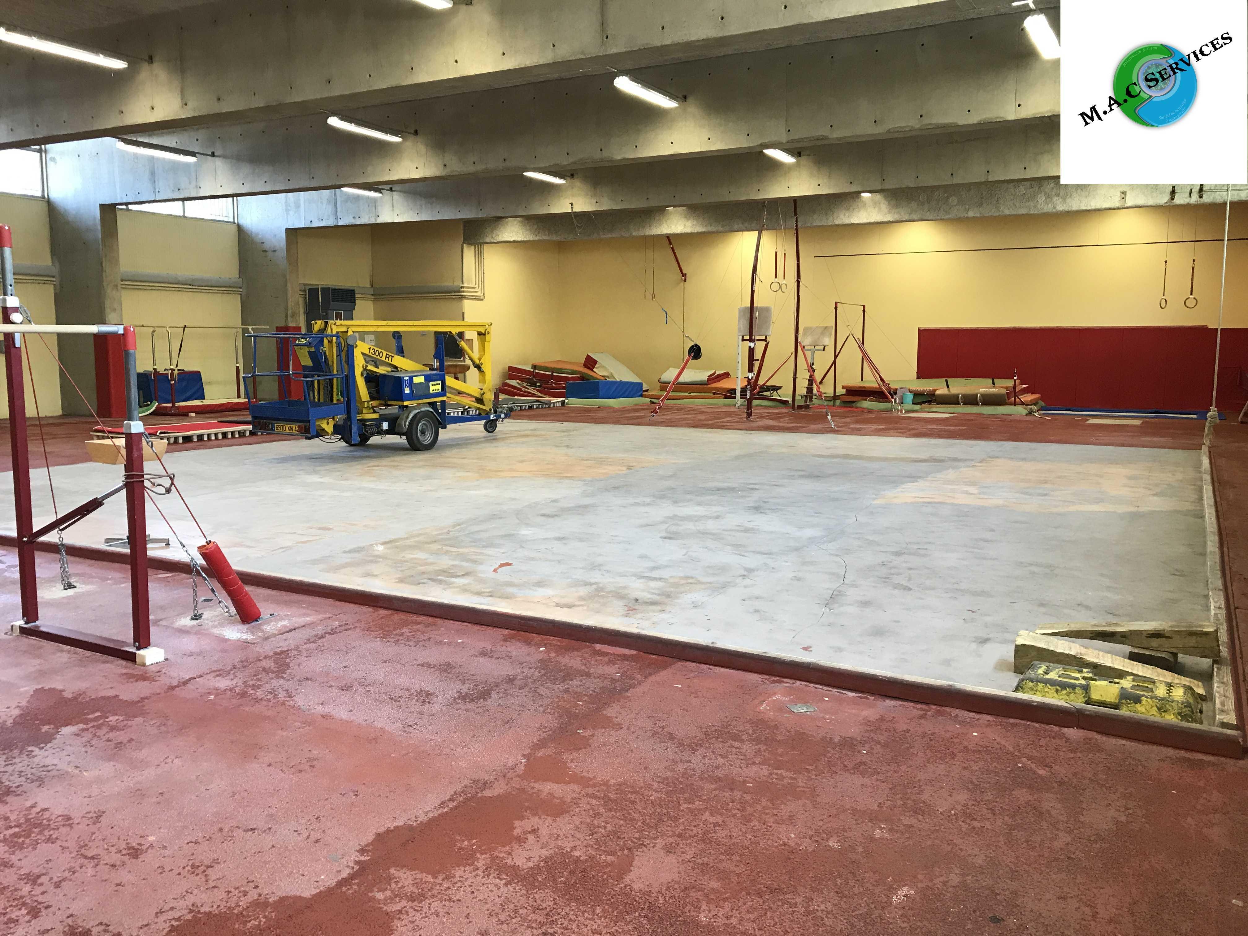 Remise en état du gymnase GM5 de Firminy - 42600, ce lundi 17 et mardi 18 juillet 2017.