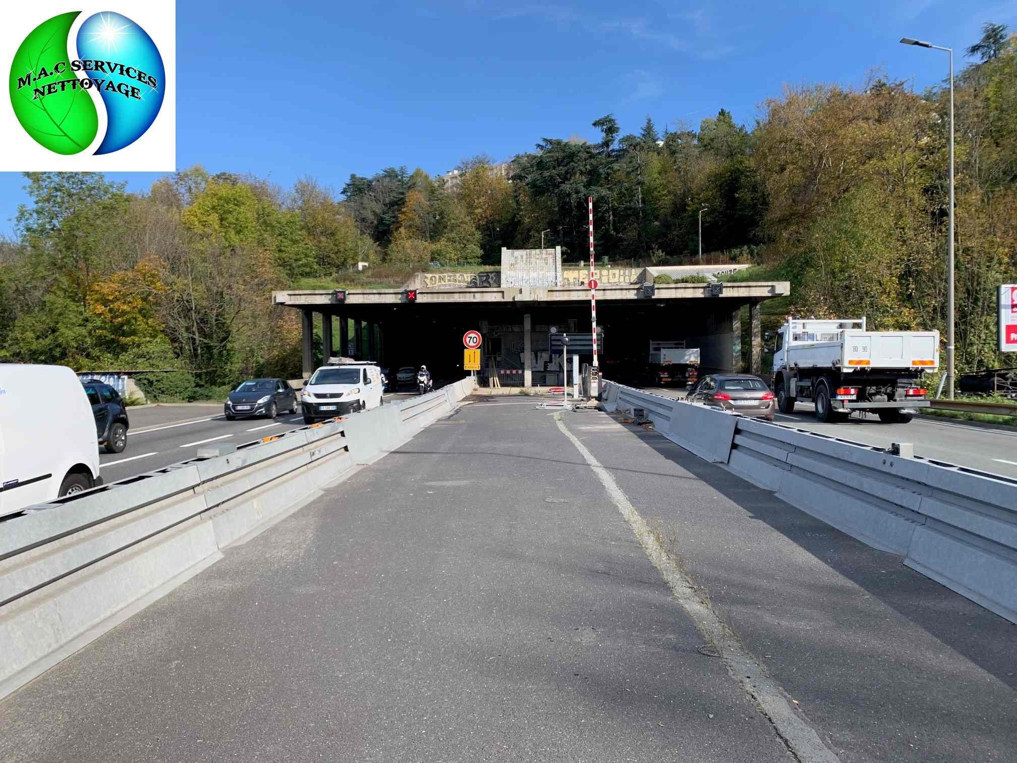 M.A.C SERVICES NETTOYAGE : Remise en état des locaux techniques du tunnel du rond point à Saint-Etienne 42100